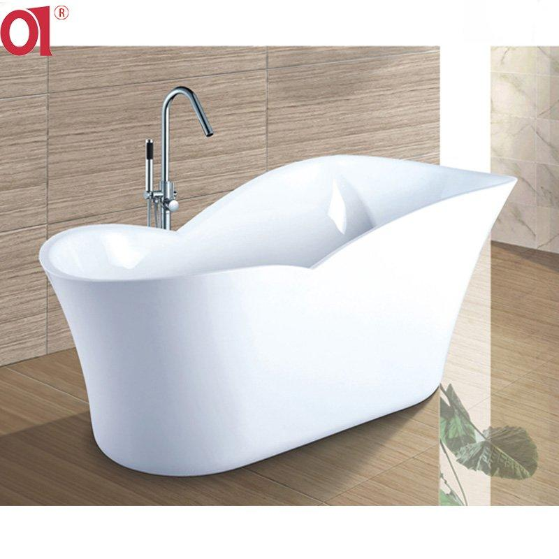 Charming Acrylic Free Standing Oval Bathtub Soaking Tub AD-6022